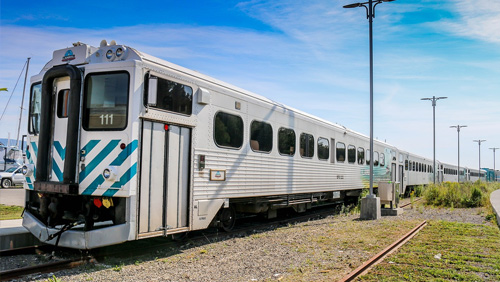 canada-train.jpg