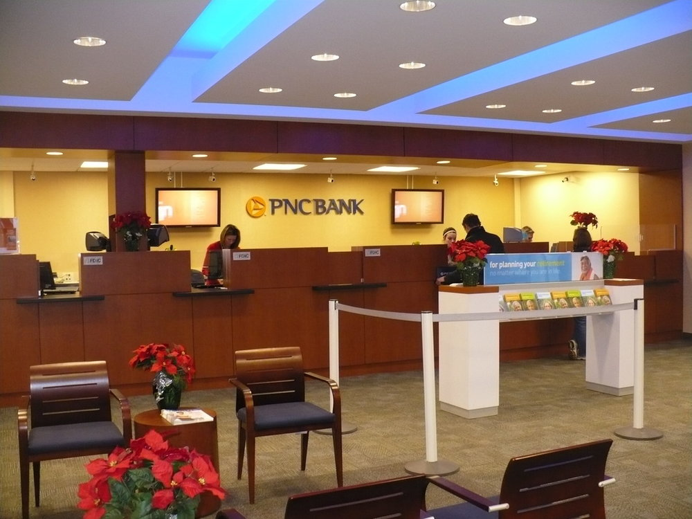 PNC BANK - Complete architecture and interior design for branches and office facilities throughout Michigan. Included branding and standardization.