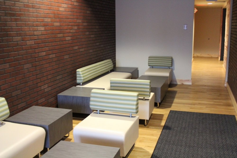 Auburn Hills Study Center - Interior design, finishes and furniture standards for a new study center to be utilized by five surrounding universities.