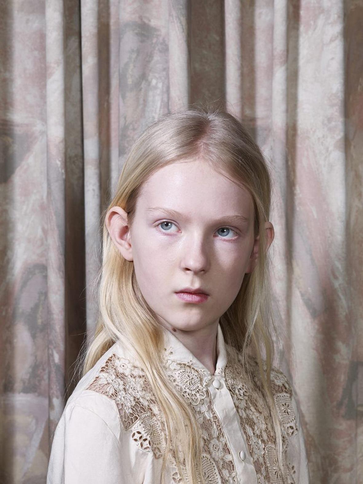 Barten-Styling: Analik / Unit C.M.A. Hair and Make-up: Patricia van Heumen / Angelique Hoorn management Model: Elve Lijbaart / Zaza casting
