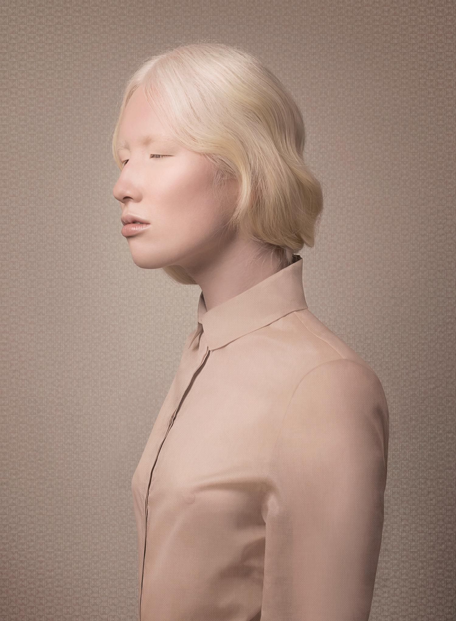 Nude (Introspect), 2014 © Justine Tjallinks