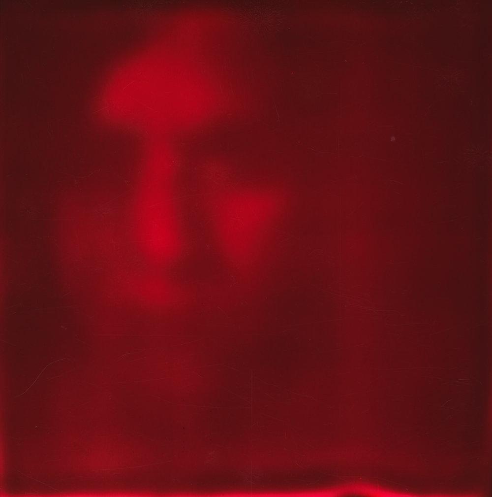 19 MAAIKE NAVON - RED.jpg