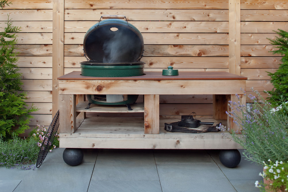 kamado_green_egg_charcoal_grill.jpg