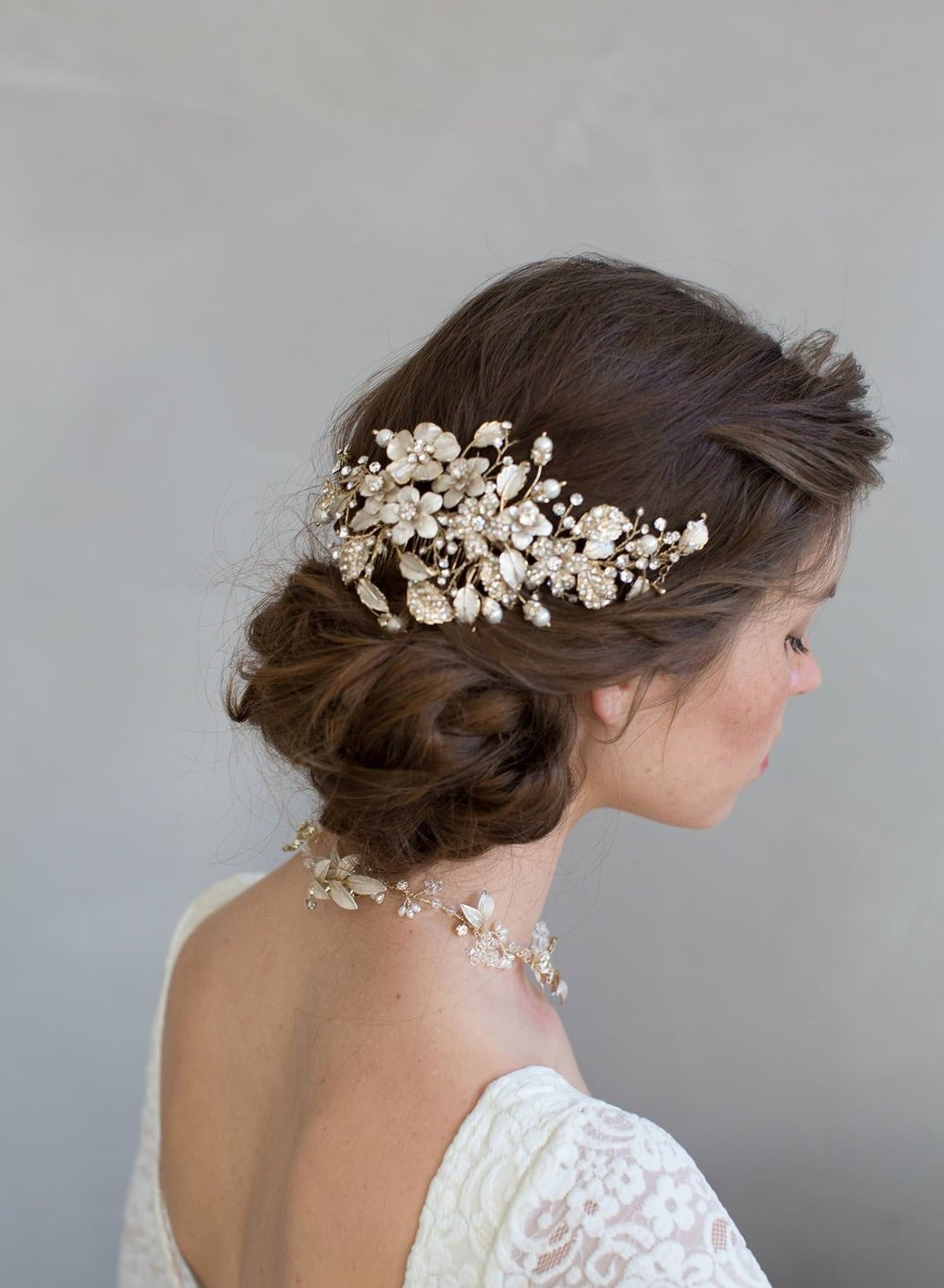 7011o-flower-crystal-bridal-hair-comb-twigs-and-honey.jpg