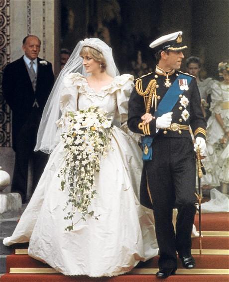 Princess-Diana-Cascading-Bouquet1.jpg