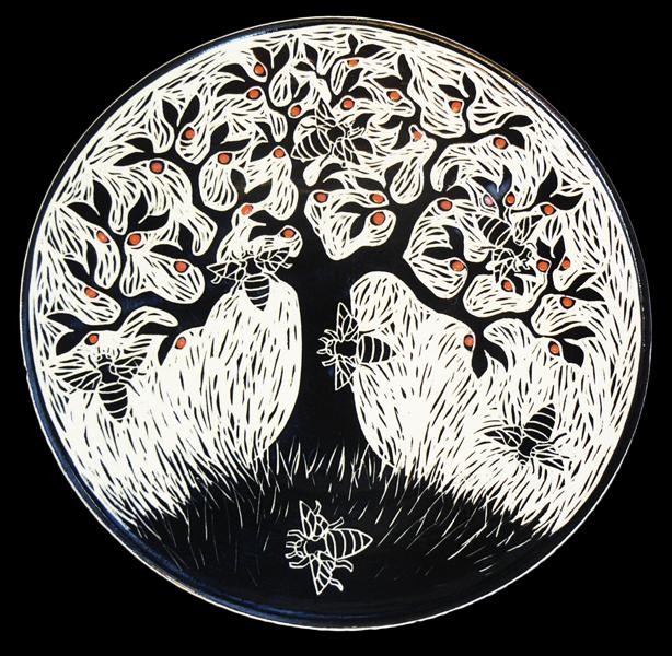 Apple Tree n Bees Plate
