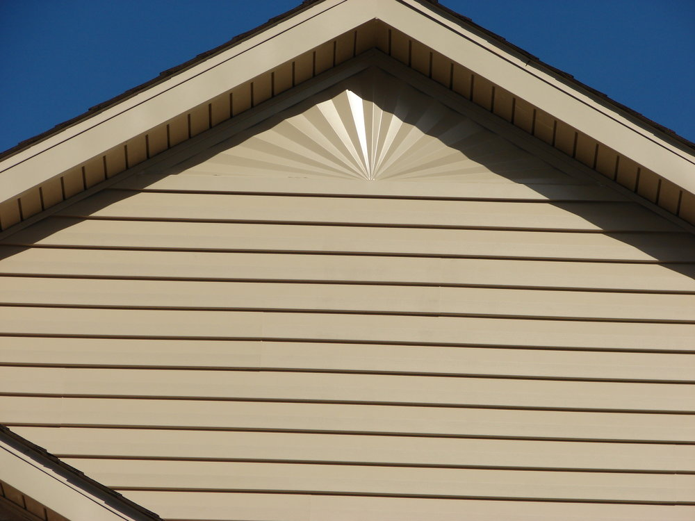 Decorative peak siding.jpg