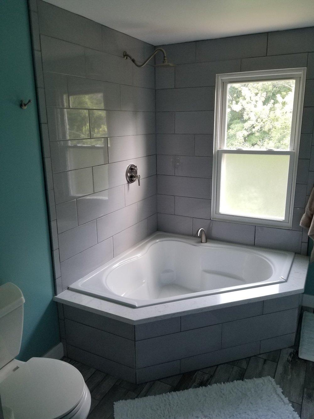 NELSON corner tub.jpg