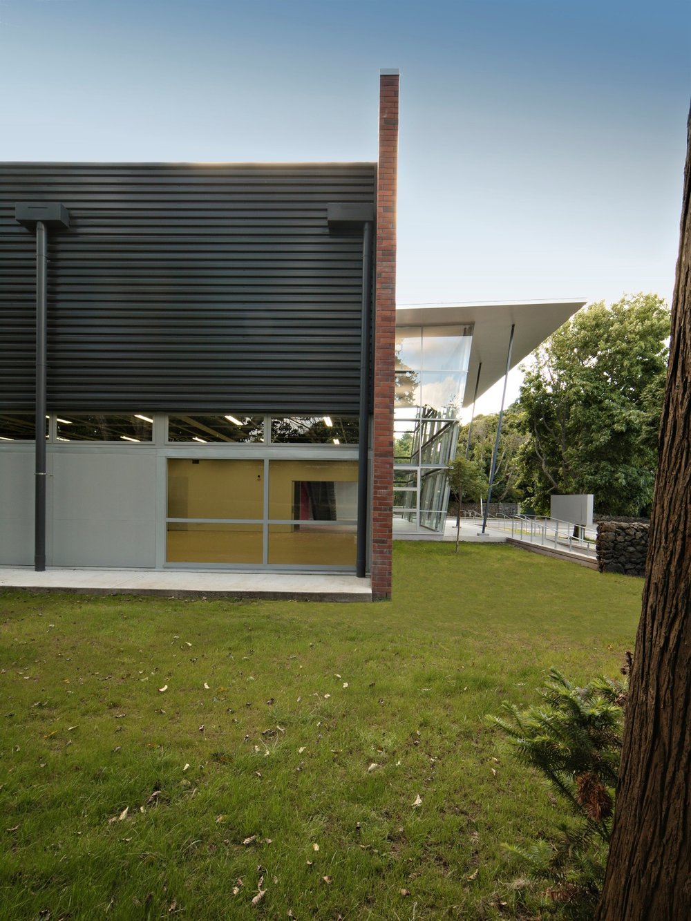 Epsom Girls Grammar - Ray Freedman Arts Centre 6_web.jpg