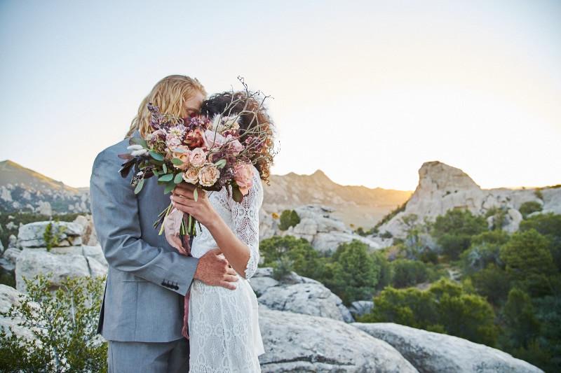 Adventurous Idaho elopement - Intrepid elopements by Yeoto Images Sarah Arnoff Yeoman
