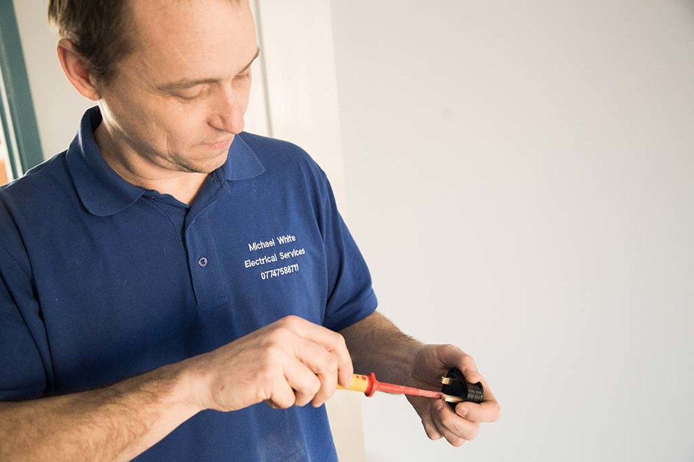 Michael_White_Electrician_East_Sussex_05.jpg