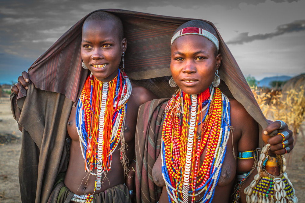 Color It Red -11 Hamar Beauties_Ethiopia_TGold_.jpg