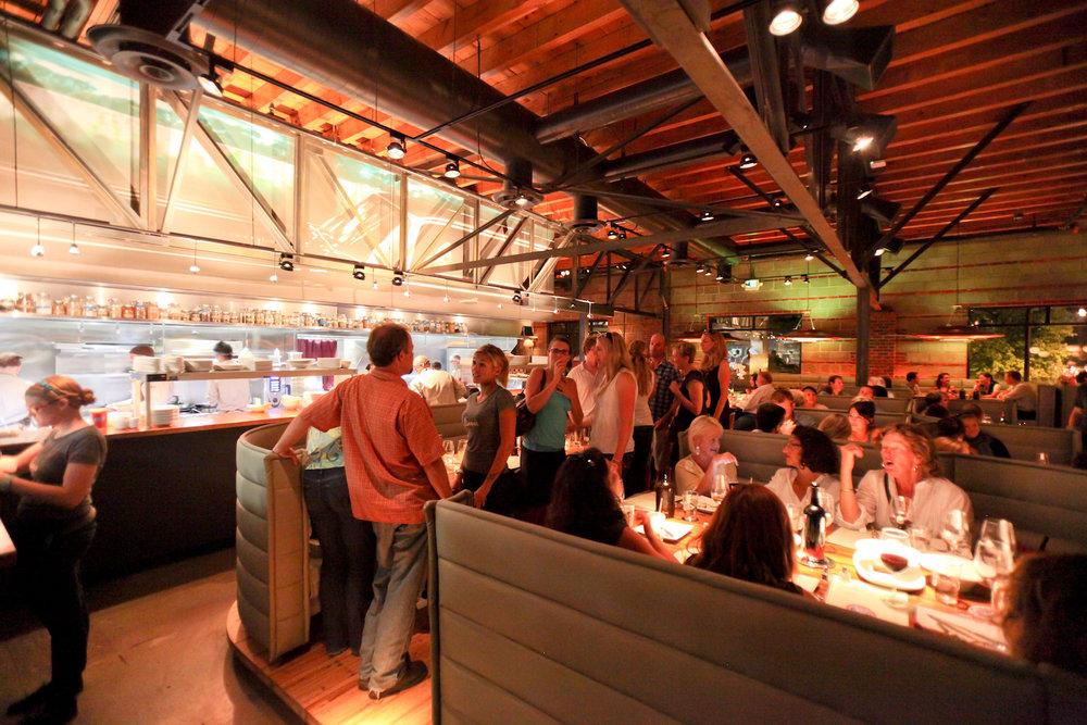 linger-interior-kitchen_762a5cbf-f0ae-5102-065b9fd9e7fc3430.jpg