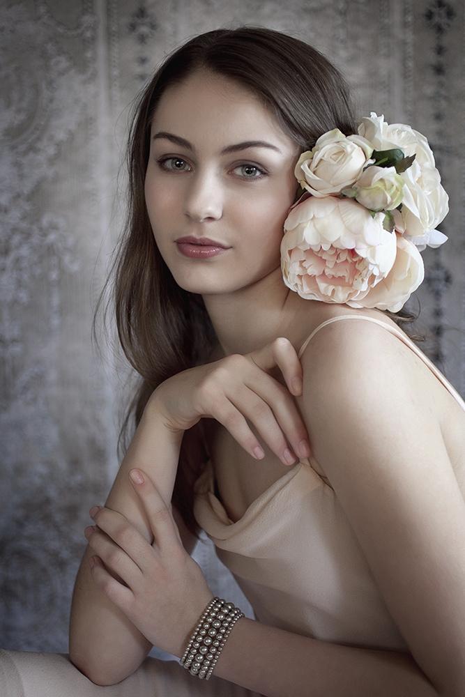 SusanTamcsin-Ella.jpg