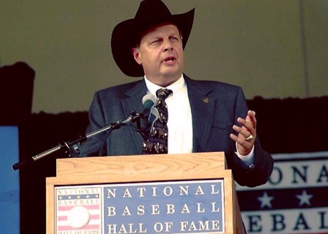 Tracy was the 2005 recipient of the J. G. Taylor Spink Award which was presented at the Baseball Hall of Fame in Cooperstown, New York.