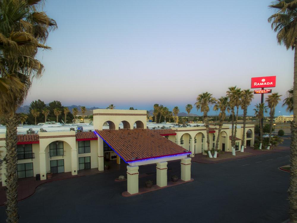Ramada Palms Hotel