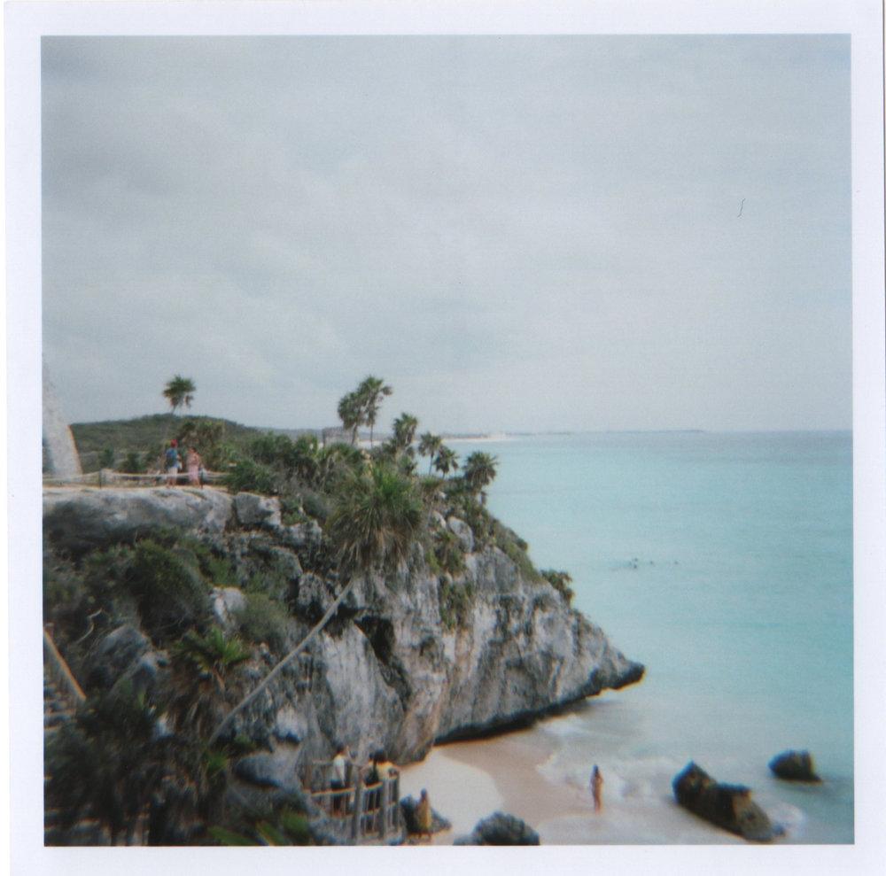 mayan_ruins_ocean.jpg
