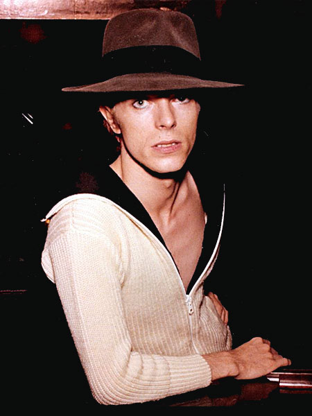 1974_usa_studio_hat_600h.jpg