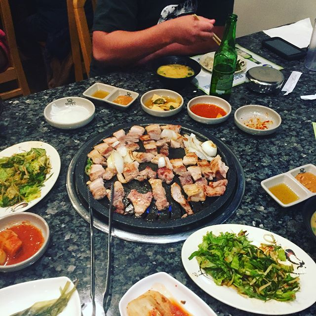 Before/after. #beusupperclub in the house with its playa president @sango_. The thick cut pork belly at Pro Samgyupsal had no chance. This is how you should end Sundays. #prosamgyupsal #northbrook #pork #jowl #properkoreanbbq