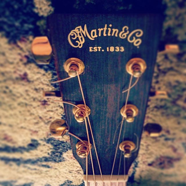 :::BEAUTY AND THIS BEASTLY OLD CARPET::: . . #martin #martinguitars #acoustic #70scalled #restring #irealizeitsshit #guitars #music #vvolvesmusic #yvr #canadianmusic #vvolves