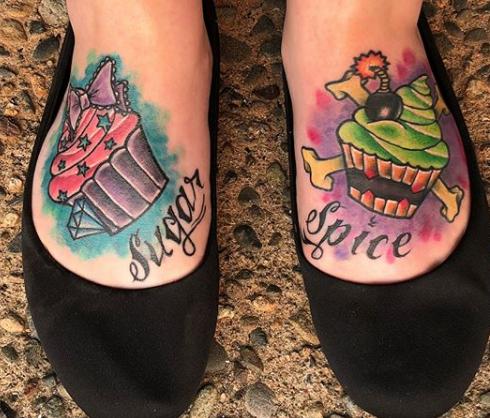 Shiana Ayres - Fineline Tattoos