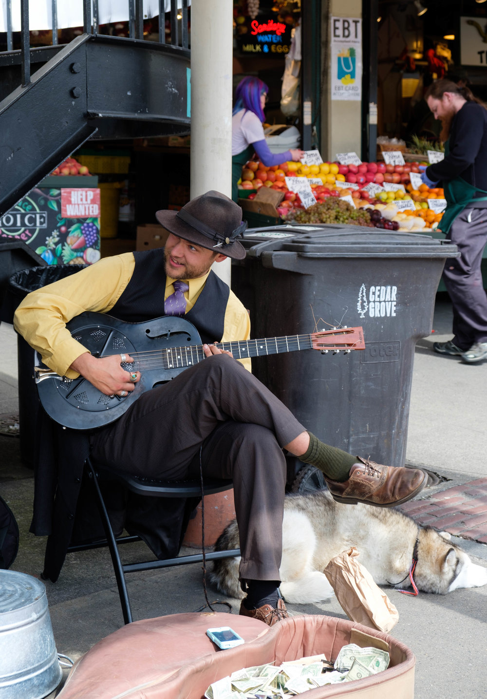 Dusty and Lily of the Speakeasy Jazz Cats, Pike Place Market, Seattle.