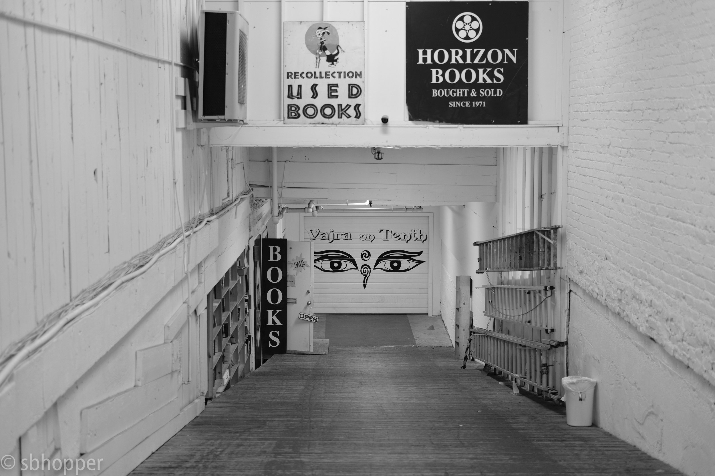 bookstore Seattle Horizon Books Capitol Hill Used Books