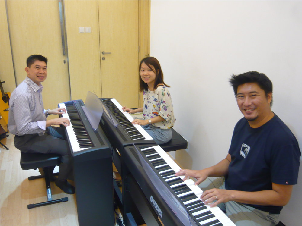 Adult Beginner Piano Group Classes