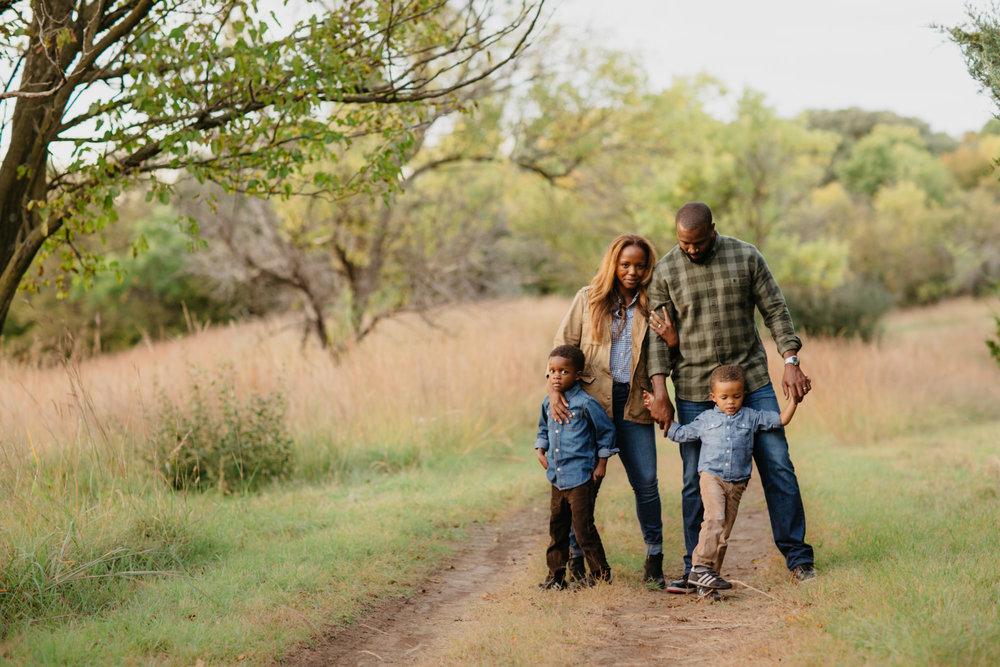 omaha-family-photographer-meadows-1-2.jpg