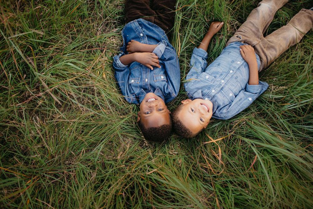 omaha-family-photographer-meadows-6.jpg