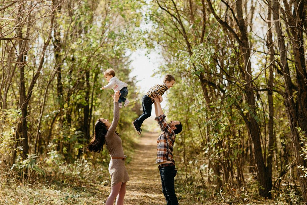 omaha-family-photographer-bowmans-11.jpg