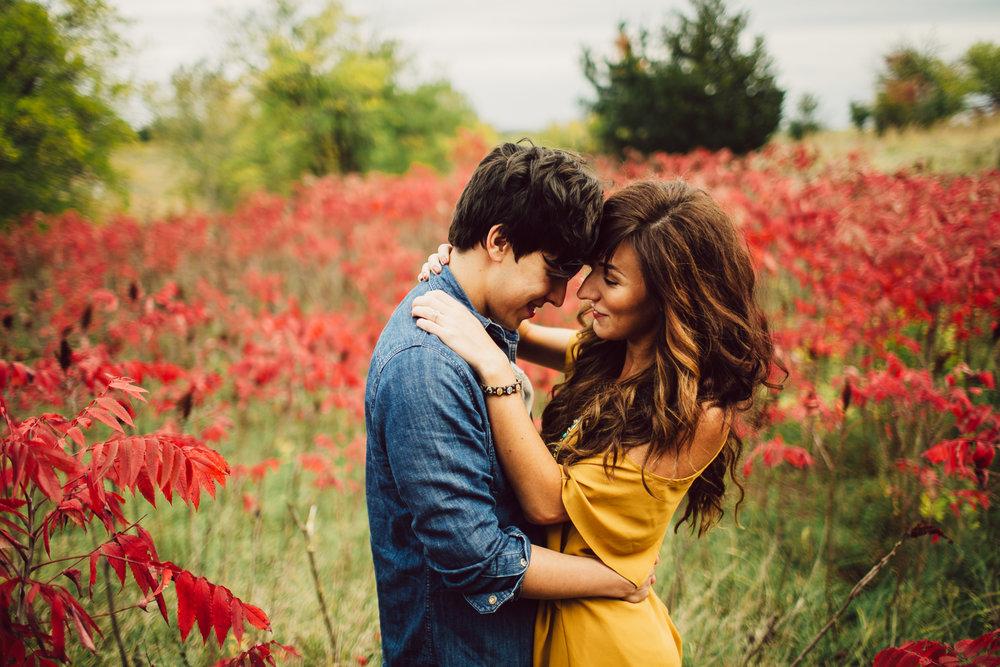 omaha-engagement-photographer-14.jpg