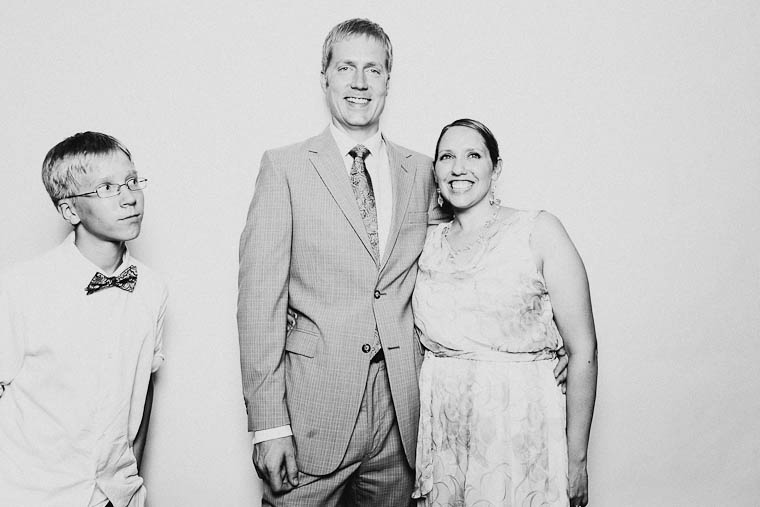 omaha-wedding-photographer-2-3.jpg
