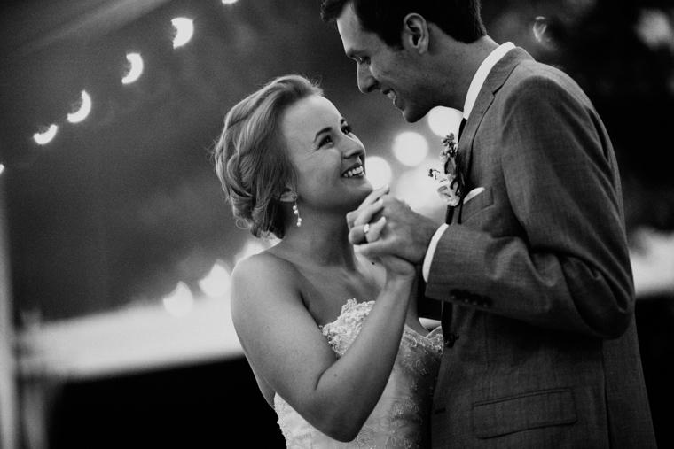 omaha-wedding-photographer-106.jpg