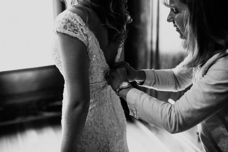 omaha-wedding-photographer-202.jpg
