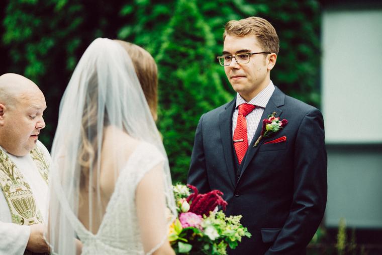 omaha-wedding-photographer-411.jpg