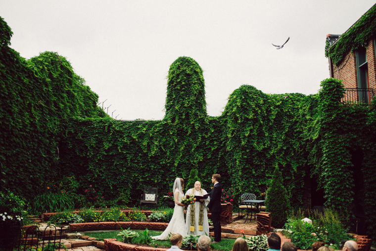 omaha-wedding-photographer-421.jpg