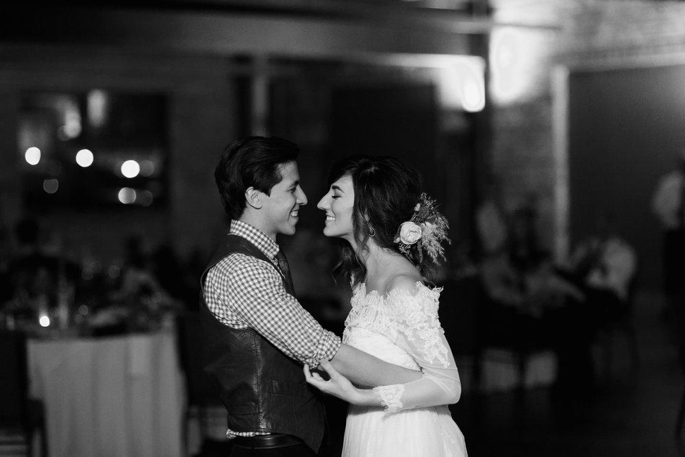 omaha-wedding-photographer-57.jpg