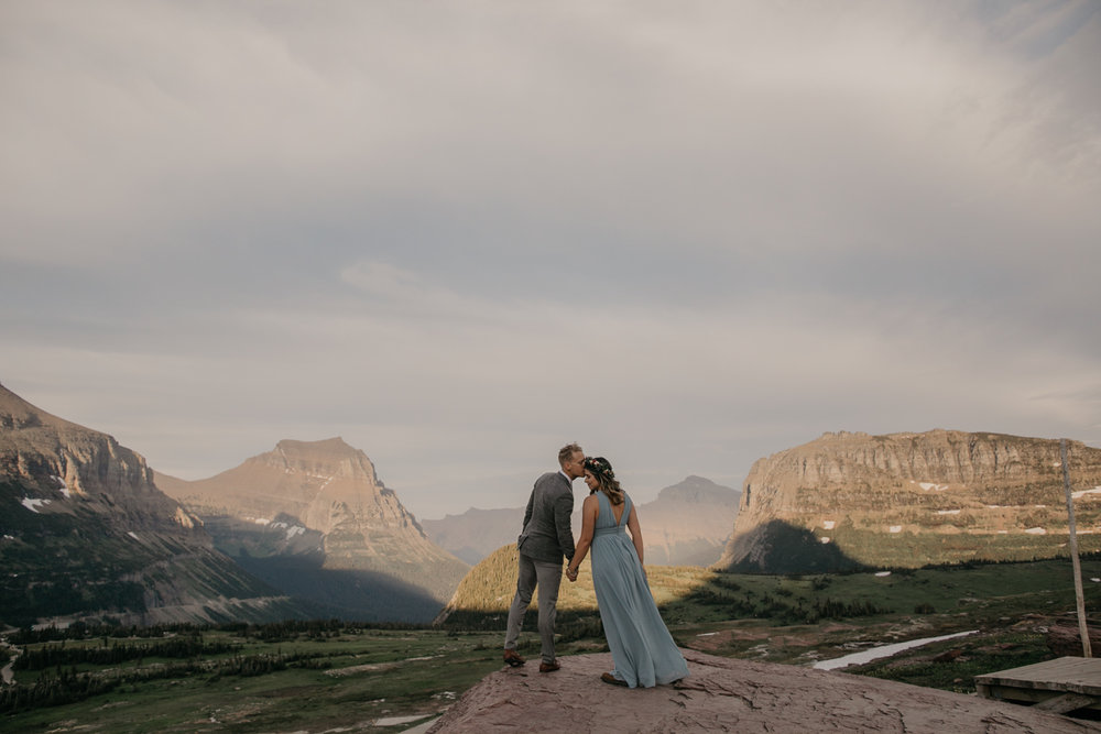 glacier-national-park-engagement-photographer-1-2.jpg