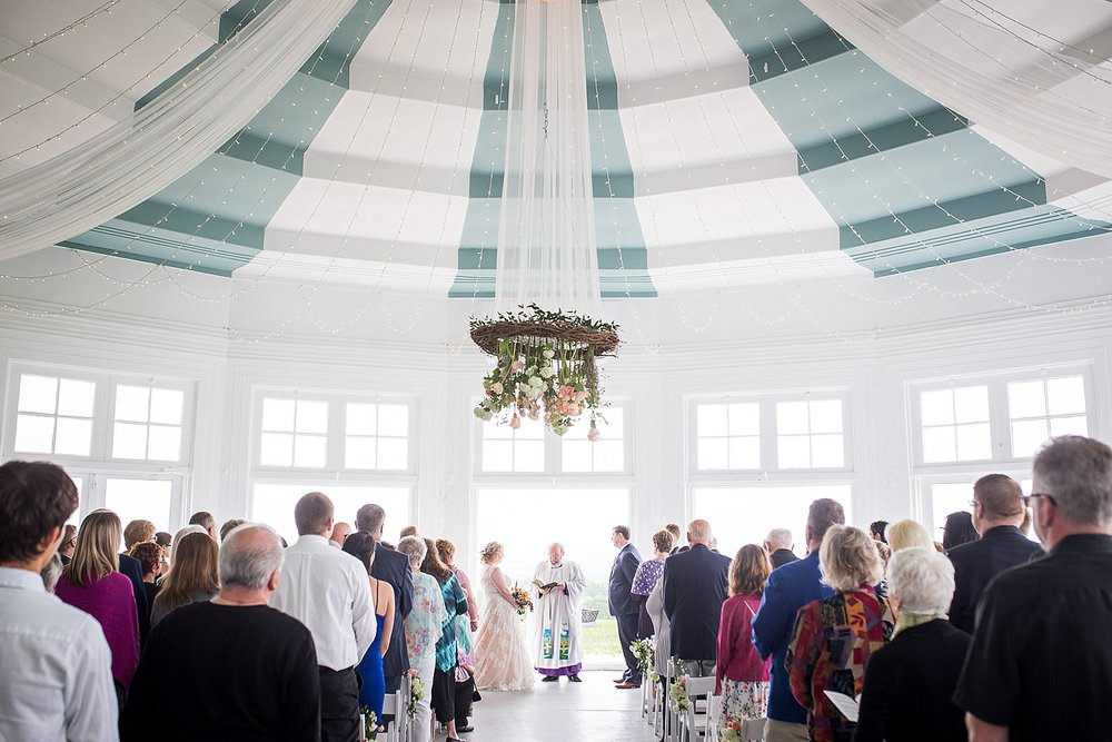 Lauxmont_Farms_wedding_rotunda_ceremony