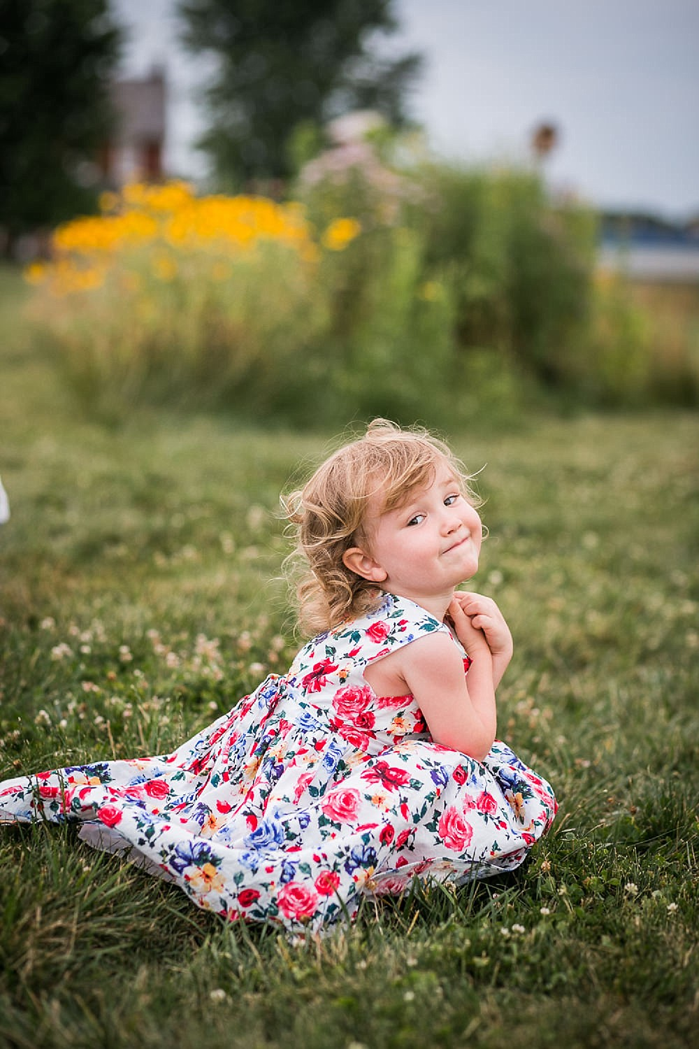 Lititz_family_photographer_wildflower_field-24.jpg
