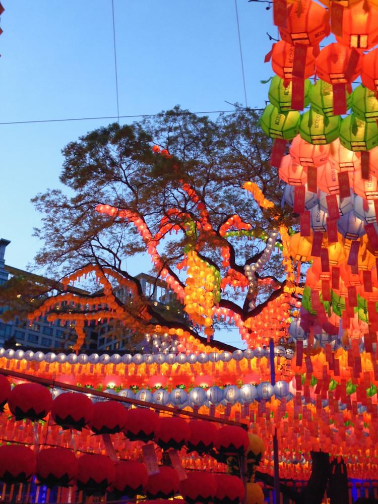 11-Lanterns-at-Night-1.jpg