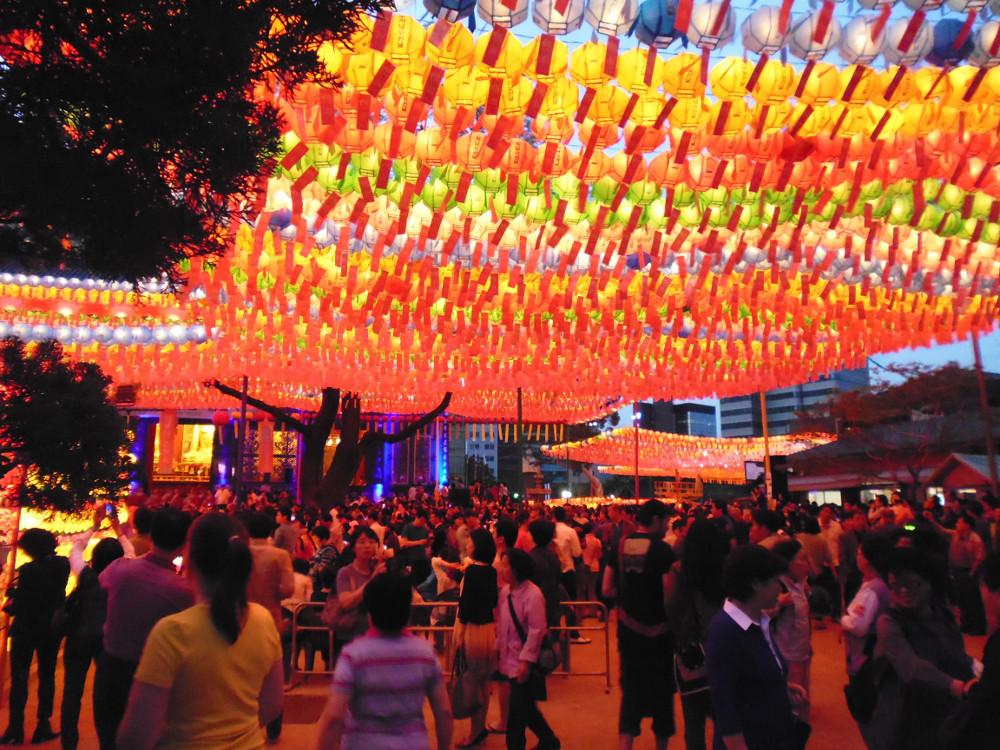 12-Lanterns-at-Night-2.jpg