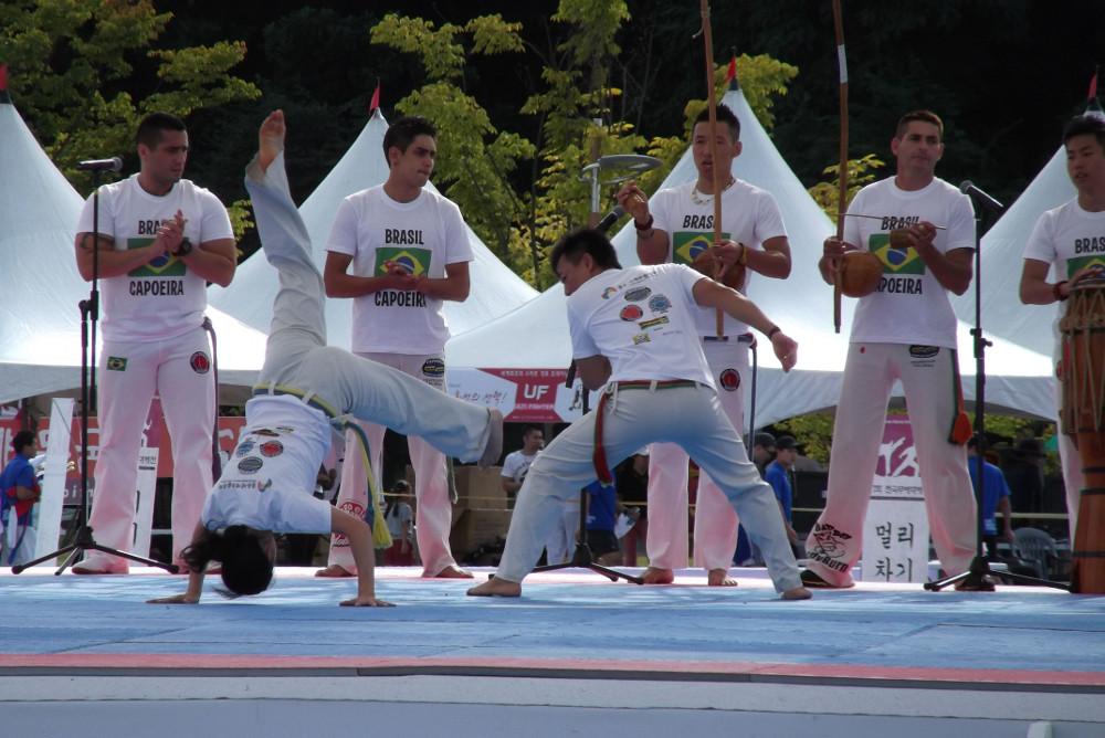 Capoeira-demo.jpg