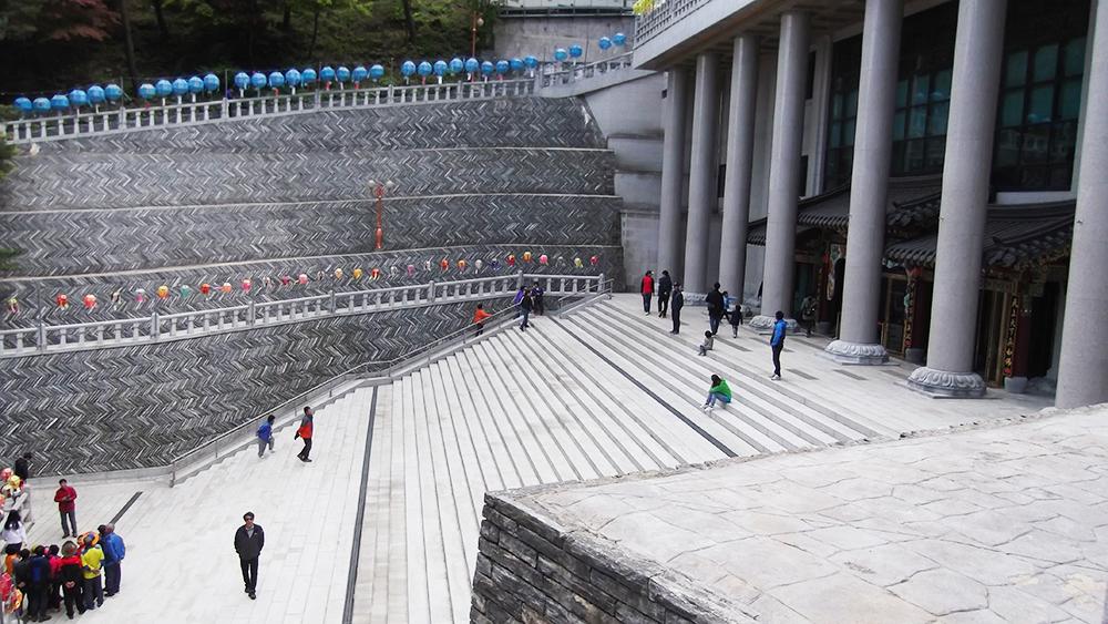Massive-temple.jpg