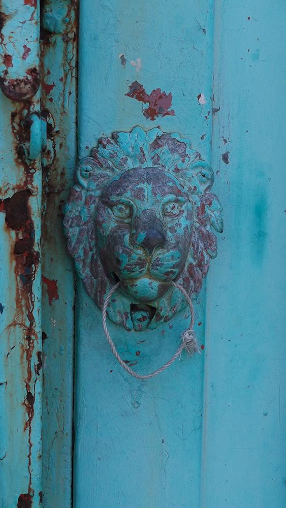 door-knob.jpg