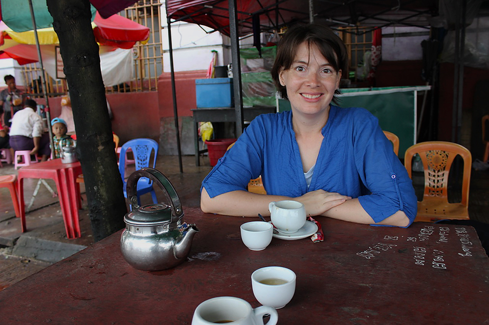 Erin-at-the-Tea-Stand.jpg