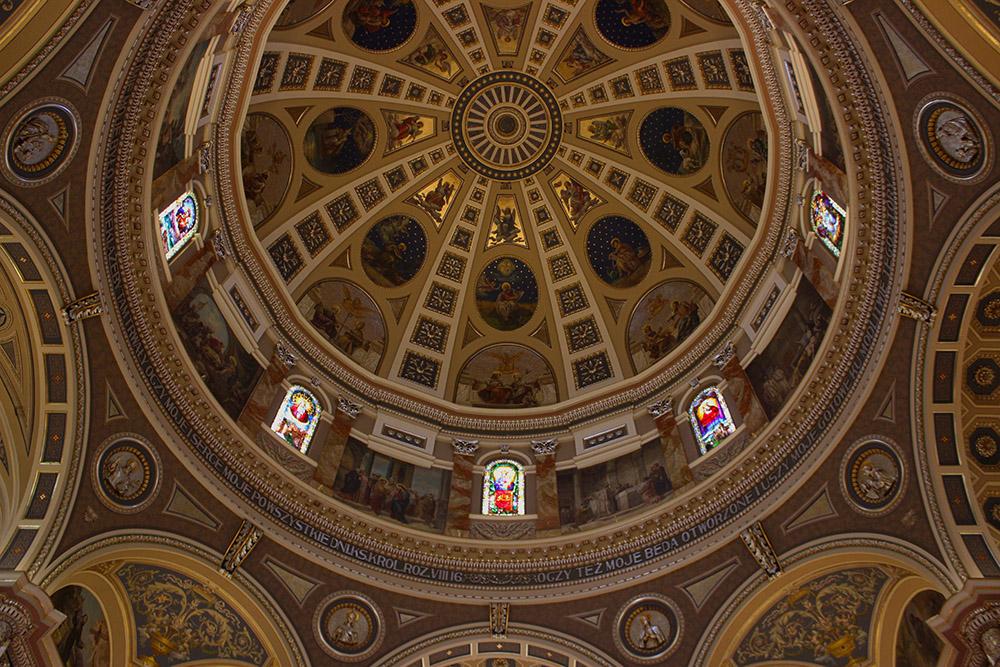 St.-Josaphats-Basilica-Ceiling.jpg
