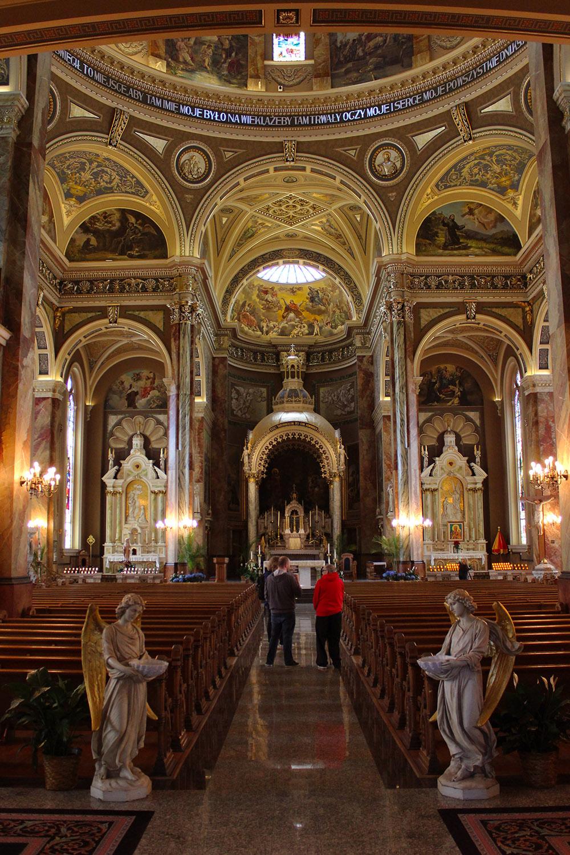 St.-Josaphats-Interior.jpg