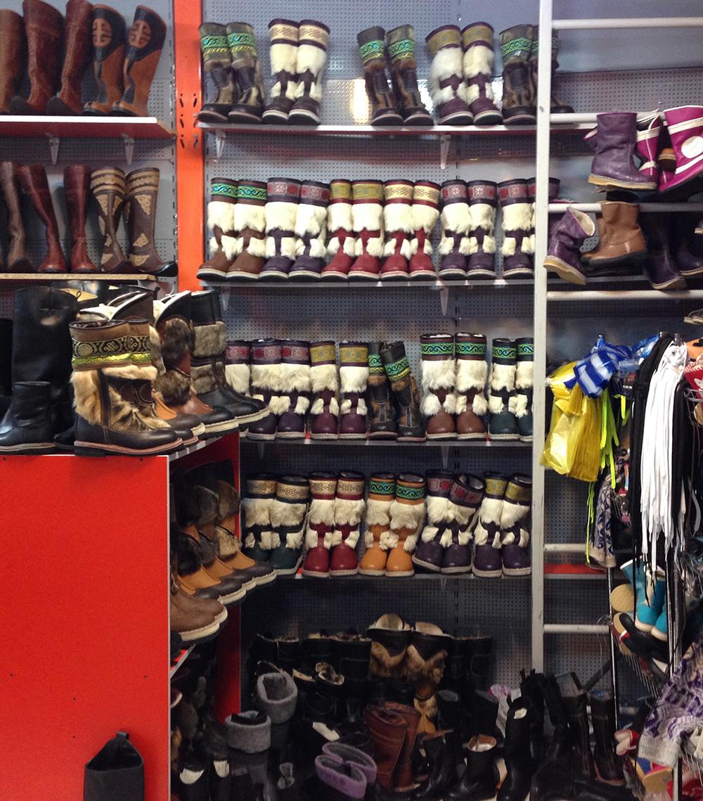 boot-shelves-2